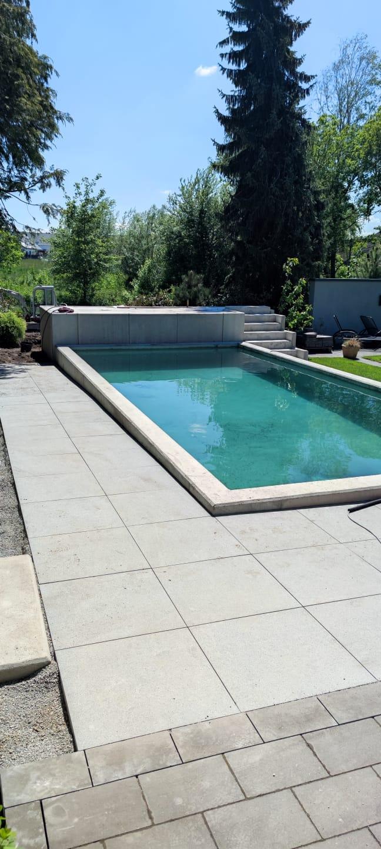 Gartenpool, Bad Lippspringe -  Swimmingpool für die Sommerabende in Sichtbeton